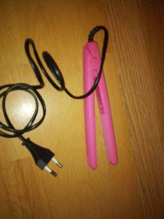 plancha mini del pelo rosa rizos trenza