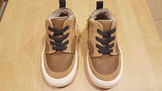 Zapatillas Nuevas Zara baby 21