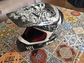 Casco motocross Fox V2