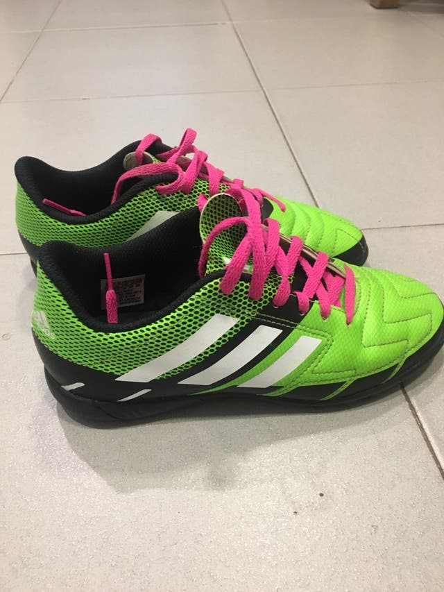 Zapatillas Adidas multitacos