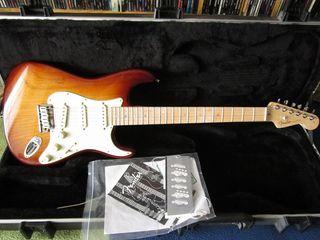 guitarra Fender Stratocaster American Deluxe Ash for sale  UK