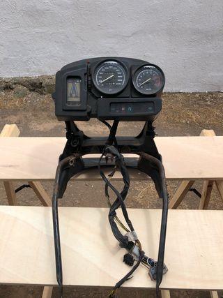 bmw 1150 gs araña y cuadro delantero