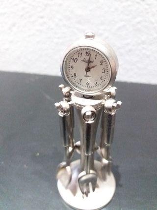 reloj miniatura decoracion