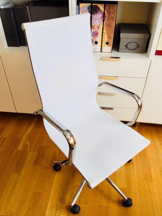 Silla oficina diseño de segunda mano por 100 € en Logroño en WALLAPOP