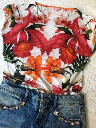 Camiseta floreada Ted Baker