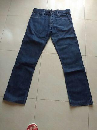 pantalón de hombre
