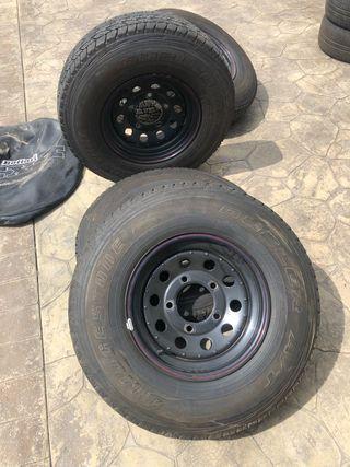 Ruedas Land Rover completas 5