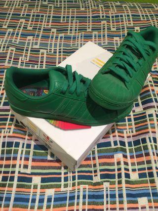 Zapatillas Adidas / Pharrell Williams / Superstar