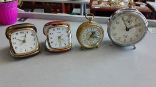 Relojes despertadores antiguos, varios modelos