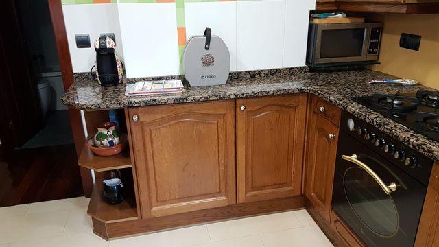 Muebles de cocina de madera maciza de segunda mano por 250 € en ...