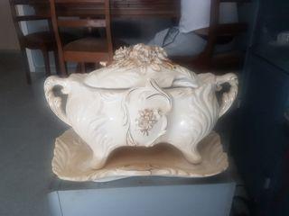 porcelana con más de 100años