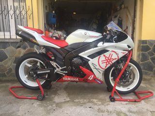 Yamaha r1 2007