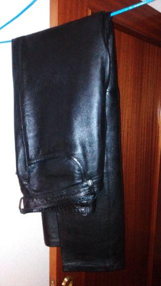 Pantalón Piel (100% ovino,100%Forro de polyester