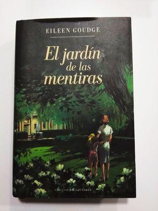 """Libro """"El jardín de las mentiras"""""""