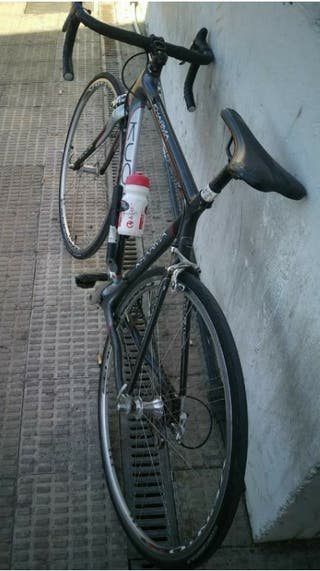 Bici Kuota Kharma + accesorios
