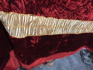 Stunning red and gold velvet duvet cover