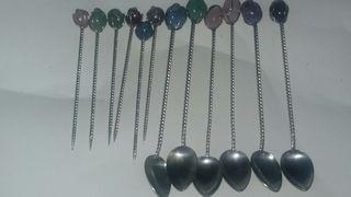 cucharillas y pinchos de plata y piedras semipreci