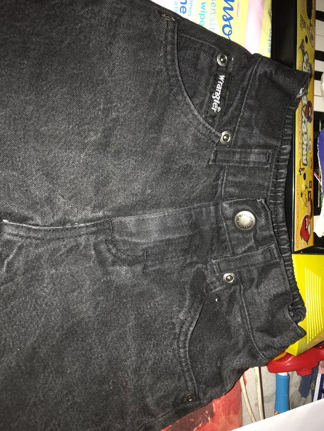 Stunning black jeans