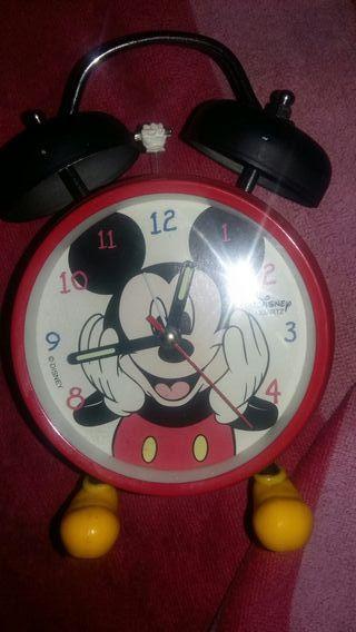 reloj despertador miky