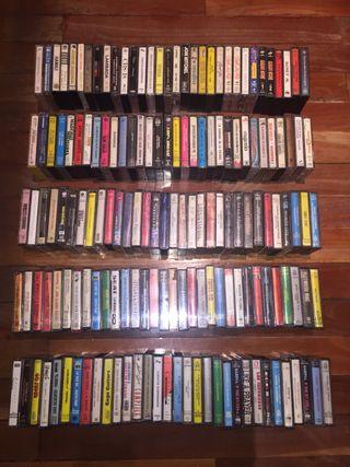 Lote de 160 cassettes originales