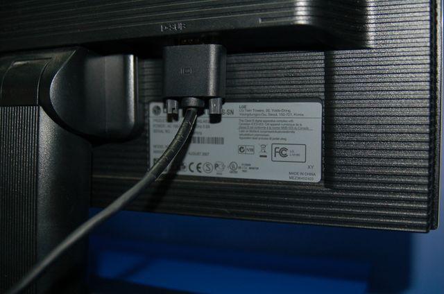 Pantalla monitor LG modelo FLATRON L1918S-SN