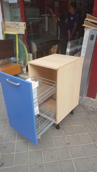 Cajonera para la cocina de segunda mano en Madrid en WALLAPOP