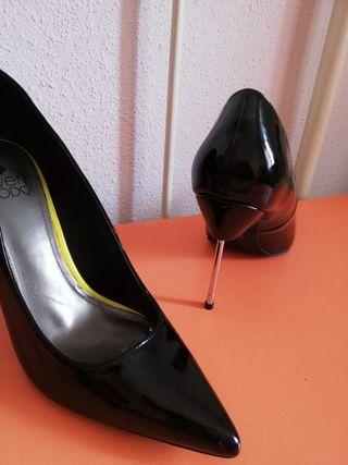 72783889584 Segunda De 10 Negros Tacones Cm Zapatos Mano Por 29 Nuevos Charol 41 BxRC4