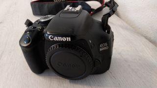 Canon EOS 600D solo cuerpo