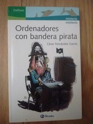 """Libro lectura """"Ordenadores con bandera pirata"""""""