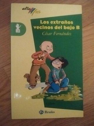 """Libro lectura """"Los extraños vecinos del bajo B"""""""