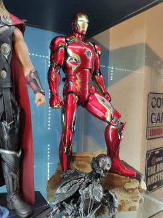 Iron Man Mark 45 Hot Toys Diecast