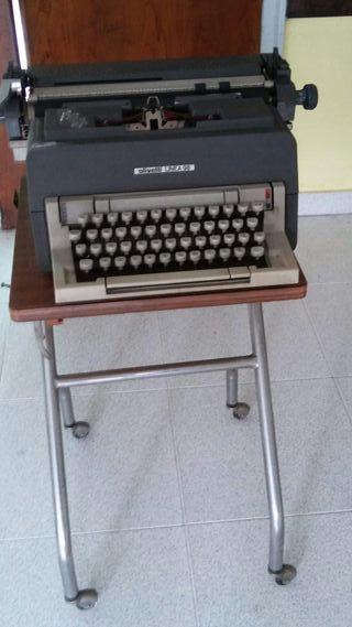 Antigüa Máquina Escribir Olivetti