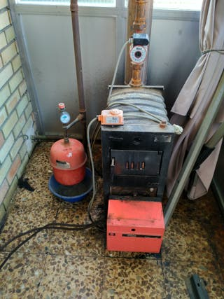 Caldera con quemador de gasoil
