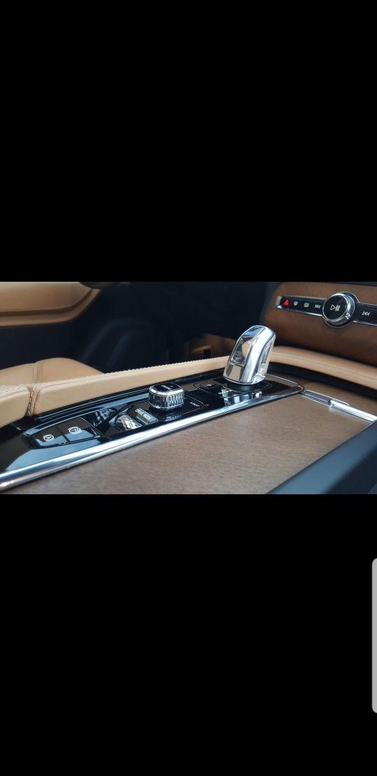 Volvo XC90 404cv HIBRIDO ENCHUFABLE 0 EMISIONES