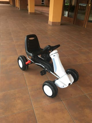 Coche a pedales kart