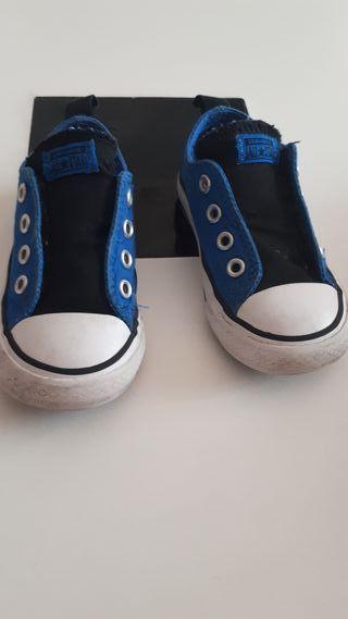 Zapatillas All Star originales talla 22 de segunda mano por