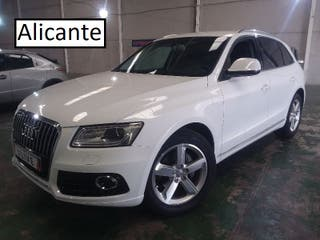 ZT637980 Audi Q5 2.0 TDI Advance 2014