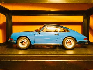 AUTOART 1964 PORSCHE 911