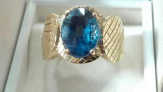 anillo oro de 18k, 11g.
