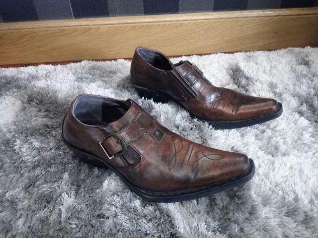 zapato tipo campera