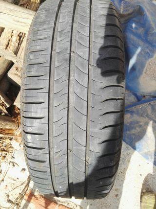 Neumático 195-55-16