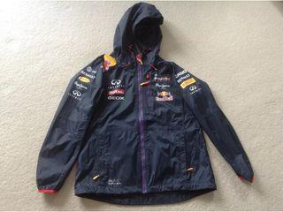 Chaqueta Chubasquero Pepe Jeans Red Bull Racing.