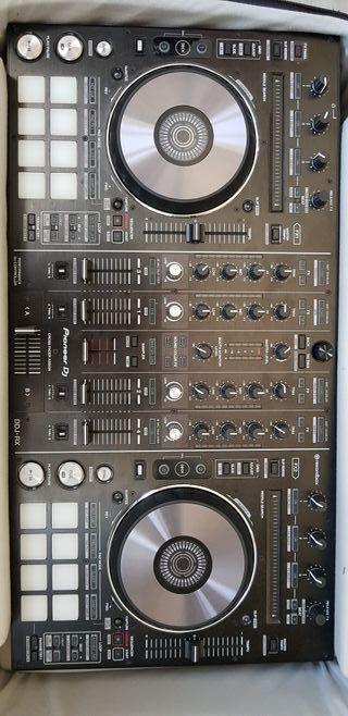 Controladora Pioneer DDJ-RX