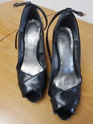 zapatos tacon semi nuevos