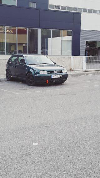 Volkswagen Golf GTI 2000