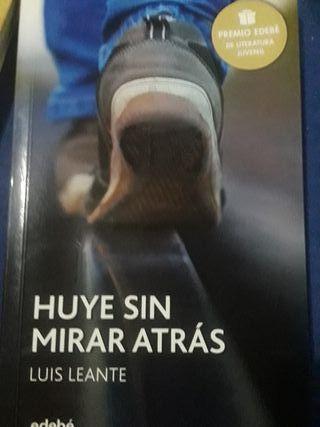 HUYE SIN MIRAR ATRÁS