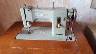 Máquina de coser antigua Wertheim