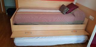 camas nido y mesita a juego