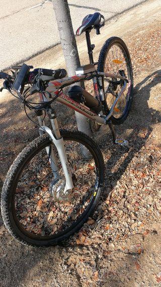 bicicleta de montaña eléctrica! marca mondraker