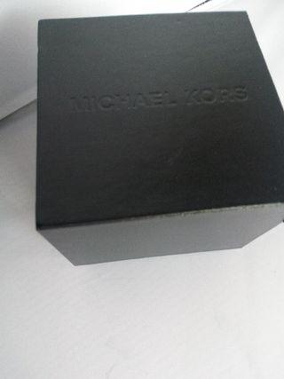 Caja reloj Michael Kors